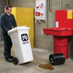 Kit PIG® Contenitore Mobile per Sversamenti – Linea Oil-Only applicazione
