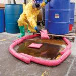 PIG® – Salsicciotti assorbenti HAZ-MAT applicazione 3
