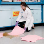 PIG® – Tamponi Assorbenti PIG® HAZ-MAT applicazione 2