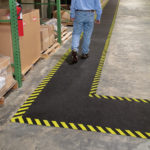 PIG® Tappeto Adesivo Grippy Safety Borders applicazione